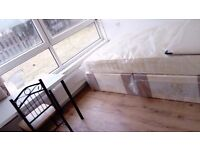 Amazing Double Room in BRAN NEW house. MILE END. Bills Incl