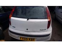 FIAT PUNTO AUTOMATIC GEAR 1.2 PETROL ENGINE 2005 REGISTRATION