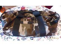 Eastpak camouflage medium holdall shuoulder bag suitcase RRP £