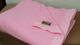 Vintage 100% Wool Witney blanket in immaculate condition
