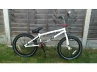 "Mongoose bmx 20"" wheel bike like new"