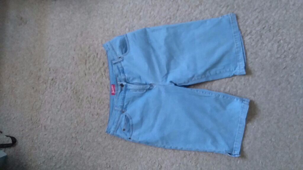Jeans shorts size 16in Weston super Mare, SomersetGumtree - jeans shorts size 16 96% cotton 4% elastane hardly worn from smoke free house