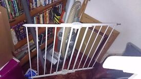 Lindam extendable stair gate