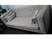 Beautiful, comfy and elegant sofa in fantastic condition