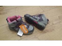 Rebatta walking shoes J 13