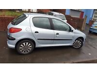 Peugeot 206 '5 door hach back, 2004:1 year M.O.T : QUICK SALE?