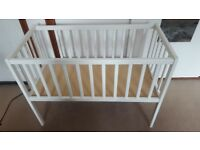 Lovely White Baby Child Toddler Crib / Cot / Bed