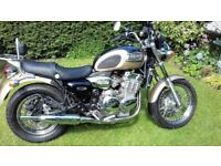 Triumph Thunderbird 900 cc. Excellent Condition, 9 months MOT, V5 Present, Heated Grips, Sissy Bar