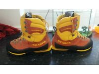 scarpa cumbre 9.5 (euro 44) mens mountaineering boots