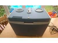 Mobicool, halfords 35l electric cooler coolbox 12v 240v