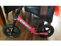 Striker Balance Bike (Girls)