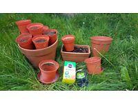 Gardening kit: terracotta clay and plastic plant pots, fertilizer, wire, soil