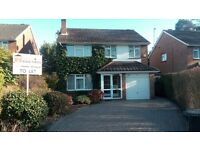 4 Bed Detached House to Rent in Ferndown with Garden, Garage & Parking