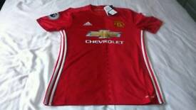 MANU ZLATAN IBRAHIMOVIC HOME SHIRT WITH PREM BADGES -MEDIUM BNWT OFFICIAL SHIRT -RRP £90