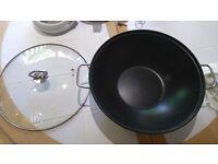 Large non stick wok