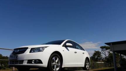 2009 Holden Cruze CDX Automatic Sedan with Leather Interior Sarina Mackay Surrounds Preview