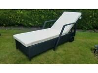 New Rattan Garden Furniture Sunlounger on wheels Sun Lounger Day Bed