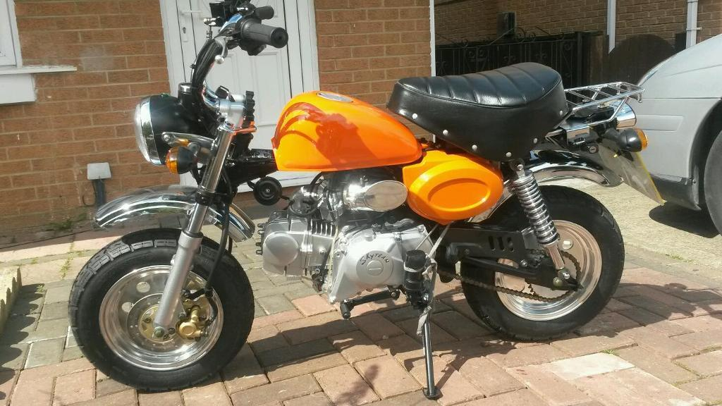skyteam monkey bike bongo 125 in tilbury essex gumtree. Black Bedroom Furniture Sets. Home Design Ideas