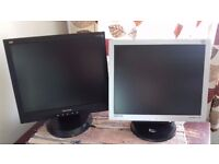 flat screen monitor £15 with cable and plug just the black one left