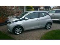 Toyota Aygo 1.0 X-Pression VVT- i 5dr 14/10/2014 With Just 23,581 Miles Low Road Tax And Ins. Group