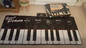 gigantic Piano Keyboard 1.8m wide