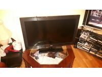 LG 32CS460 32-inch Widescreen HD Ready LCD TV