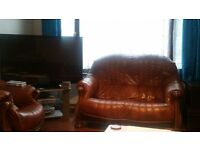 Leather Sofa and Arm Chairs in excellent condition