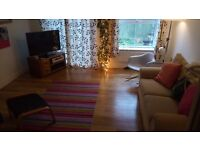 4 Bedroom Modern Townhouse Kingswood to rent let garden four person family double