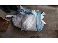 one tonne bag, bulk bag, builders bag, big bag