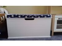 Great Little Trading Company Toy Box and Seat