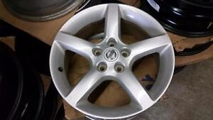 225 60 17 Bridgestone Blizzak WS80 -- 2 Brand New -- 2 90% tread on Nissan Rogue Alloy rims /2013  TPMS