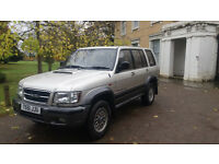 Isuzu Trooper Citation 3ltr TD Diesel Manuel 7 SEATER 1 Former Owner.FULL SERVICE HISTORY.RARE 4x4