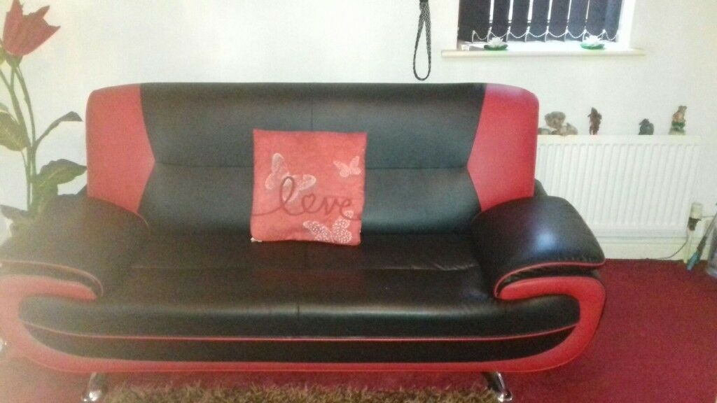 3+2 seater sofa exellent condition