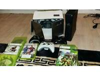 Xbox 360 slim + 12 Games + 3 Wireless Controllers