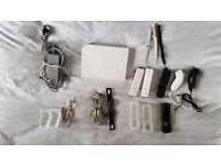 Nintendo Wii Console + 3 controllers + battery recharger + 2 nanchucks