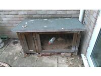 Great Condition Rabbit/Guinea Pig Hutch with Accessories