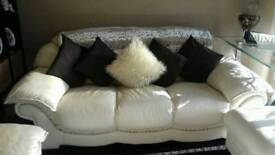 4 seater cream leather sofa 2x chairs &footstool