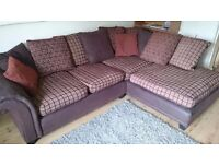 Large corner sofa in excellent condition