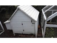 Chicken House - Eat your own organic eggs!