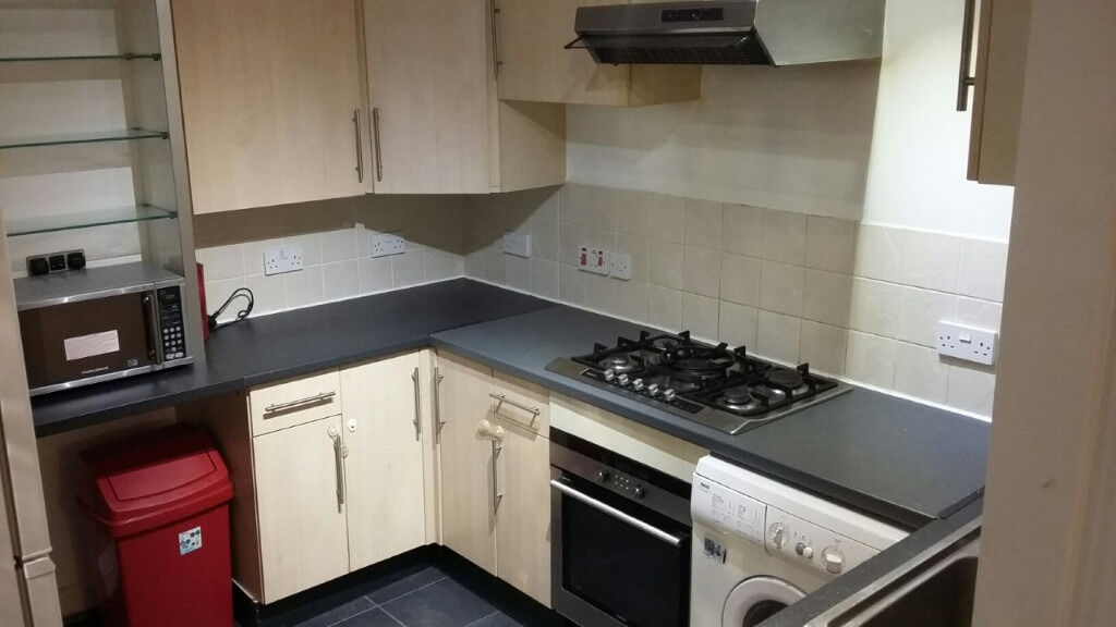 Beautiful Purpose Built First Floor 2 Bedroom Flat PART-DSS WELCOME