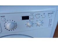 Indesit WDD7143 Washer/Dryer