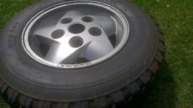 Landrovee Discovery mark I alloy wheel and tyre