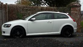 Volvo c30 2.0D R-Design White with Black Anthracite alloys