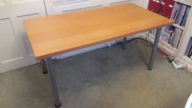 Table / desk wood effect