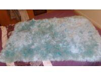 large rug 4ft