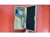 """mitutoyo external micrometres 0-1"""" and 1""""-2"""" boxed measuring equipment"""