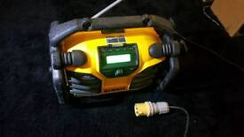 Dewalt dab radio dcr017 battery charger 110v
