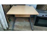 Study desk. £25. Can deliver