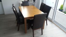 Walnut Dining Table, Extendable for 4 up to 6 People
