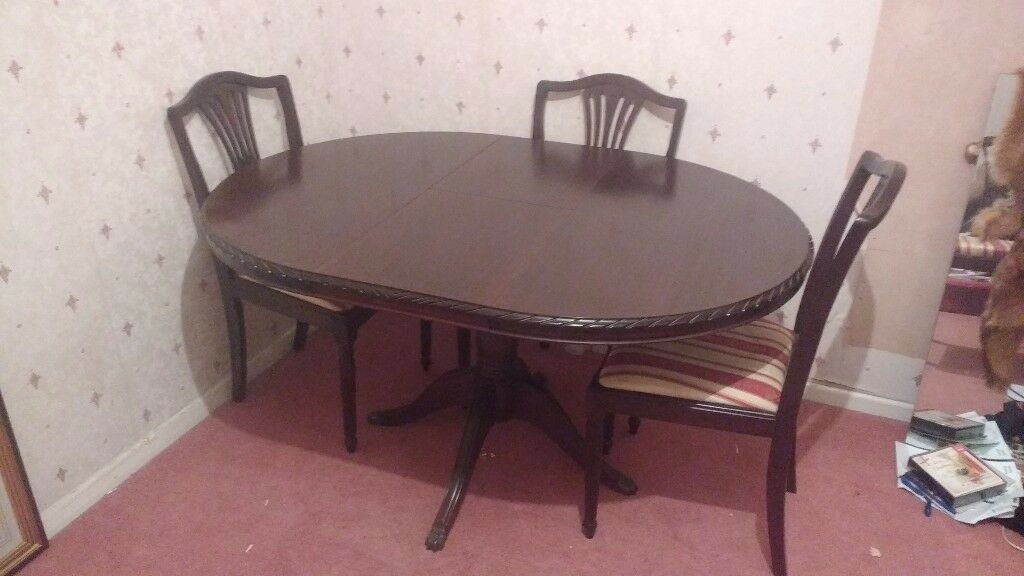 Dining Room Table X3 Chairs Buyer Collects 50